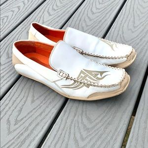 Robert Wayne white leather loafers